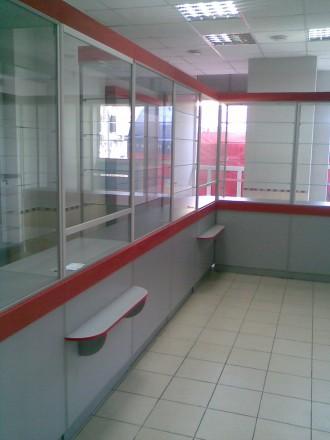 Аптечное торговое оборудование.Прилавки и шкафы для аптек.. Днепр. фото 1