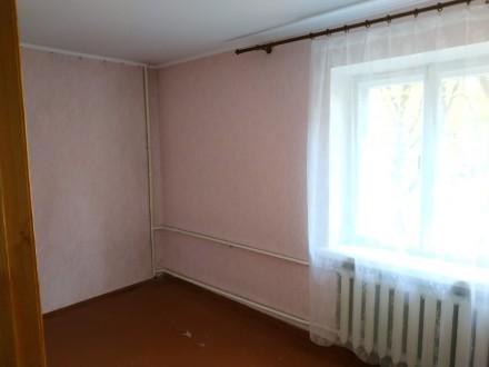 Продам 2-х комнатную квартиру в центре. Квартира на 2-м этаже 4-х этажного дома. Чернигов, Черниговская область. фото 5