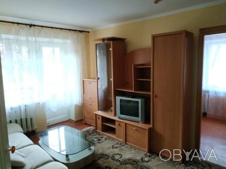 Продам 2-х комнатную квартиру в центре. Квартира на 2-м этаже 4-х этажного дома. Чернигов, Черниговская область. фото 1