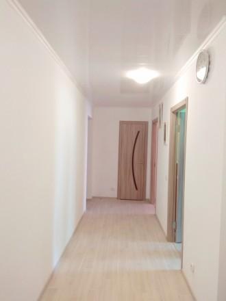 3 раздельные комнаты, кирпичный дом, 2014 года, ремонт свежий, панорамный вид, в. Чернигов, Черниговская область. фото 2