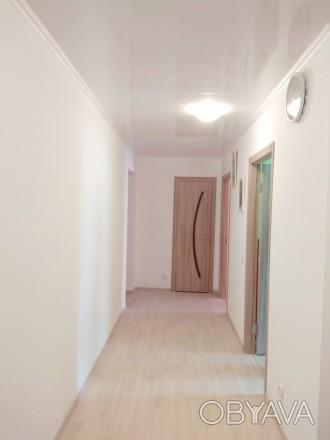 3 раздельные комнаты, кирпичный дом, 2014 года, ремонт свежий, панорамный вид, в. Чернигов, Черниговская область. фото 1