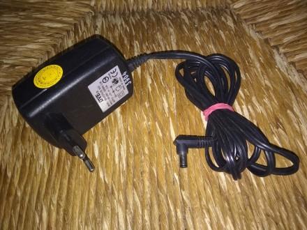 Вход: 200-240 В переменного тока, 50/60 Гц, 0,4 А Выход: 5 В постоянного тока 2. Луцк, Волынская область. фото 2