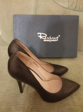 ed99e9dae Туфли 35 размера – купить женскую и мужскую обувь на доске ...