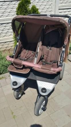 Детская коляска для двойни. Днепр. фото 1