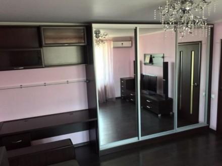 Бреуса\Рекордная 10/10   комнаты  раздельные-хорошее состояние  2 дивана. Кон. Малиновский, Одесса, Одесская область. фото 3