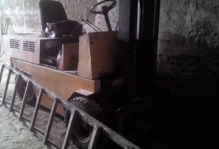 Продаем вилочный погрузчик Balkancar БВ 273333, 3,2 тонны, 1984 г.в.. Киев. фото 1