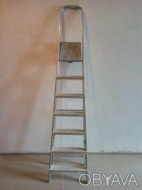 Сдам стремянку в аренду. Лестница в добротном состоянии. - Высота в разложенно. Одесса, Одесская область. фото 3