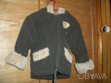 продам куртку темно - зеленого цвета, отделка на капюшоне, манжетах и карманах -. Дніпро, Дніпропетровська область. фото 1
