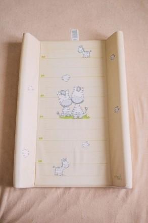 Пеленальный столик (доска) пеленатор с ростомером Ceba Baby 50*70см. Ровно. фото 1