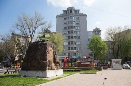 Арсенальная, ул. Мазепы, 3, Печерск, центр 90м2. Киев. фото 1
