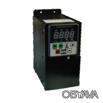 Частотный преобразователь CFM210 (1 кВт, питание от 220 В, 1 фаза)