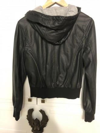 9270af6e Куртки M Киев – купить одежду на доске объявлений OBYAVA.ua