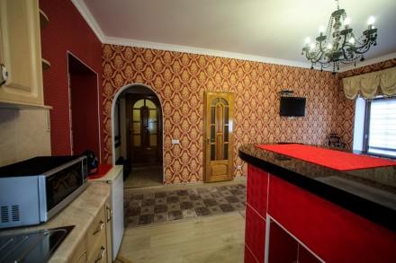 Центр Старого города! Посуточно сдаются студио -апартаменты с новым евро ремонто. Каменец-Подольский, Каменец-Подольский, Хмельницкая область. фото 2