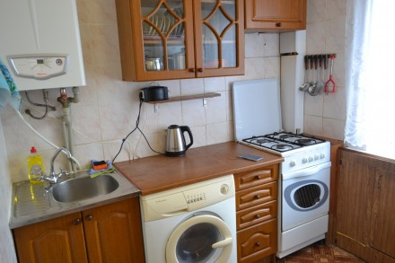 Предлагаем посуточно для гостей нашего города просторную 2-х комнатную квартиру . Каменец-Подольский, Каменец-Подольский, Хмельницкая область. фото 9
