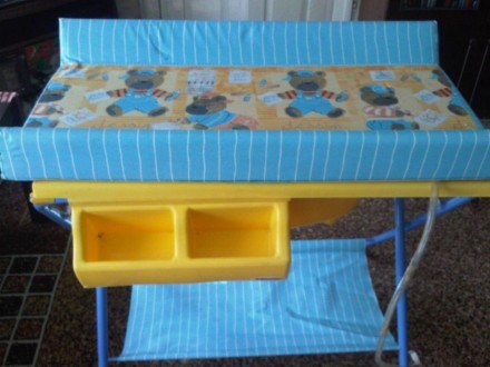 Ванночка с подставкой и пеленатором, пеленальный столик. Лиман (Красный Лиман). фото 1