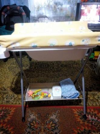 Пеленальный столик с ванночкой. Никополь. фото 1