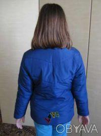 Курточка болоньевая б\у, на синтепоне, в хорошем состоянии, рост 128 см, длина р. Київ, Київська область. фото 3