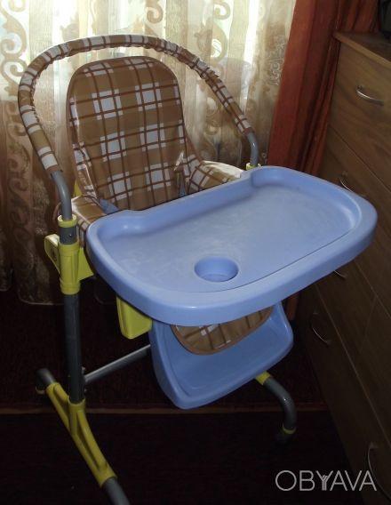 Отличный стульчик,удобный. Выполнен из легкого металла и очень крепкого пластик. Днепр, Днепропетровская область. фото 1