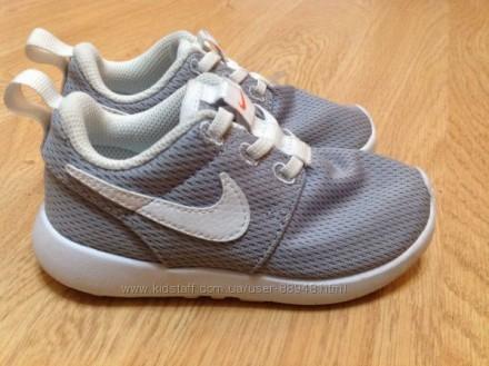 Фирменные кроссовки Nike 30 р. идеальное состояние. Чернигов. фото 1