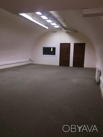 Предлагаем в аренду  офисное  помещение 115м2, 2 -й этаж, в бизнес-центре «Башня. Печерск, Киев, Киевская область. фото 1