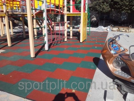 Травмобезопасная резиновая плитка для детских площадок. Бровары. фото 1