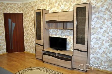 Сдам посуточно новую 2-ком квартиру в Центре города. Укомплектована всей необход. Каменец-Подольский, Каменец-Подольский, Хмельницкая область. фото 1