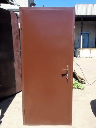 Звоните прямо сейчас!  +380 67 610 18 64   Двери металлические, два листа мет. Киев, Киевская область. фото 3