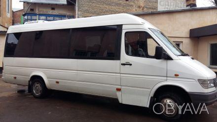 Пасажирські перевезення мікроавтобусом.