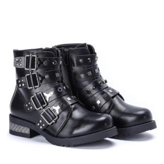 Ботинки 23.5 см по стельке – купить женскую и мужскую обувь на доске ... 5978cd8d1aa15