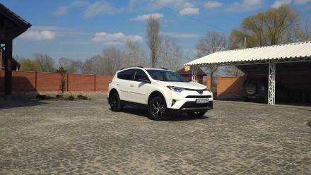 Продам Toyota Rav4 rav 4 2017 2018 тойота рав 4 рав4. Киев. фото 1