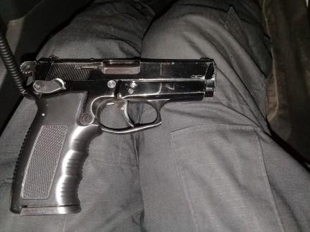 Продам пистолет под патрон флобера ПТФ-1 в отличном состоянии. Отстреляно около . Запорожье, Запорожская область. фото 4
