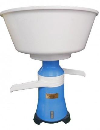 Сепаратор центробежный молочный «Мотор Сич-100-19». Киев. фото 1