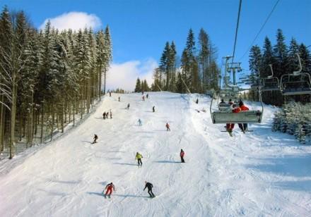 Сауна (оплачивается отдельно) Катание на лыжах Место для хранения лыж. Киев, Киевская область. фото 3