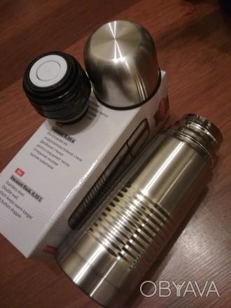 Продам термос новый в коробке, клапан, чашка-крышка, двойные стенки, сталь, 0,35. Днепр, Днепропетровская область. фото 1