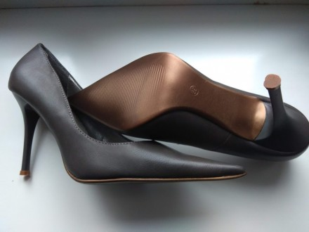 Жіночі туфлі Київ - купити жіноче взуття на дошці оголошень OBYAVA.ua 6ba6839cbe4c1