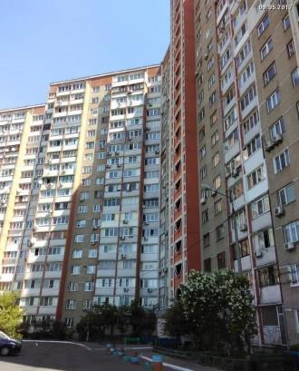 Продам отличную 3-х комнатную на Каштановой, 12а.. Киев. фото 1