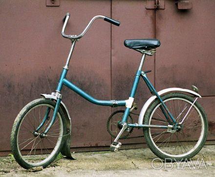 Велосипед Десна в отличном состоянии. Есть зимняя резина. С багажником.. Кривой Рог, Днепропетровская область. фото 1