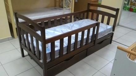 Кровати двухярусные. Черкассы. фото 1