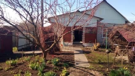 Кирпичный дом с ремонтом в пгт. Тупичев с участком 25сот. Городня. фото 1