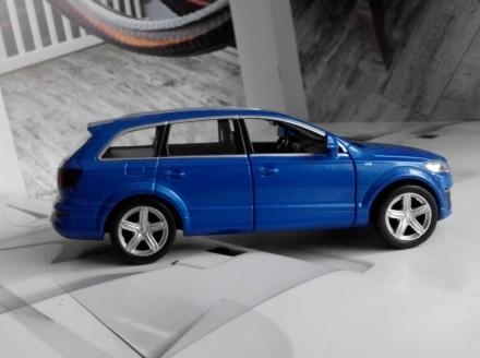 коллекционная модель  реалистичная копия  Audi Q7 v12  масштаб 1:32  цвет - н. Харків, Харківська область. фото 4