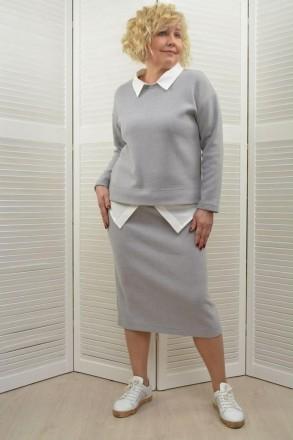 Костюм 2-ка с юбкой имитация блузы. Львов. фото 1