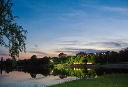 Продам квартиру на пр Лушпы с видом на Озеро. Суми. фото 1
