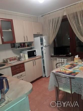 В квартире есть вся необходимая мебель и бытовая техника.Оплата коммунальных усл. Таирова, Одесская область. фото 1