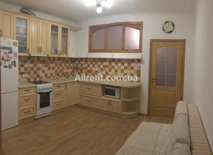 1-комнатная квартира, 60 кв.м. Київ. фото 1