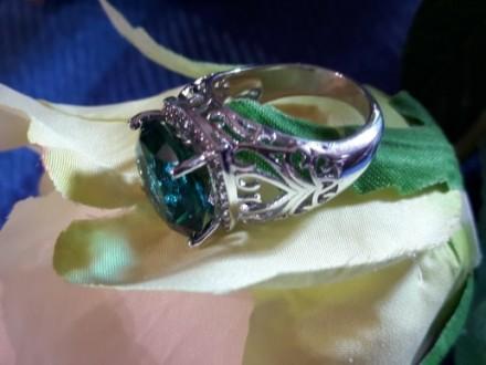 Роскошное кольцо с Большим камнем. Харьков. фото 1