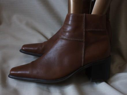Кожаные полусапоги, ботинки Yessica 38,5 р.. Черновцы. фото 1