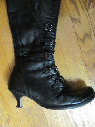 1107fe5fdee07c Зимові шкіряні чоботи на каблуку, 40 розмір, довжина устілки 26 см.  Всередині ц
