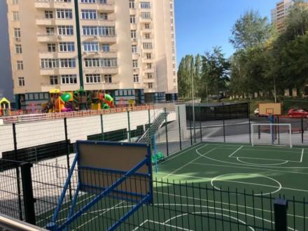 1-к квартира с ремонтом и мебелью в новом доме, центр. Киев. фото 1