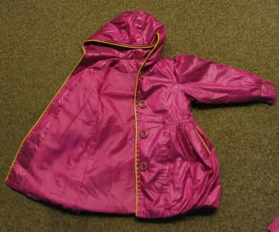 Курточка (плащ) на девочку в отличном состоянии. Длина - 53см, рукав - 38см, ши. Чернигов, Черниговская область. фото 4