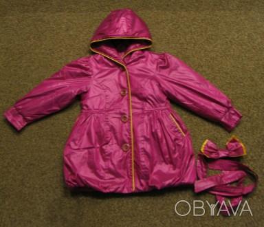 Курточка (плащ) на девочку в отличном состоянии. Длина - 53см, рукав - 38см, ши. Чернигов, Черниговская область. фото 1